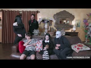 Audrey noir kate bloom addams family orgy порно porno