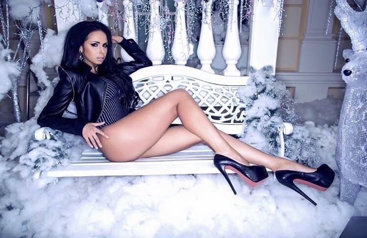 Bachelor Ukraine - Season 10 - Max Mihailuk - Contestants  - *Sleuthing Spoilers* - Page 2 4N_JzIoXR0U