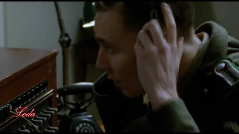 SEX BOMB -- Kenneth Branagh; Tom Hiddleston [multifandom] by Leda