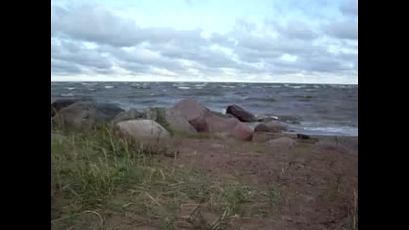 Чудское озеро бушует
