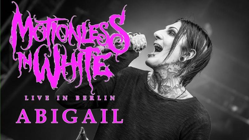 MOTIONLESS IN WHITE Abigail w Spencer from Ice Nine Kills LIVE IN BERLIN