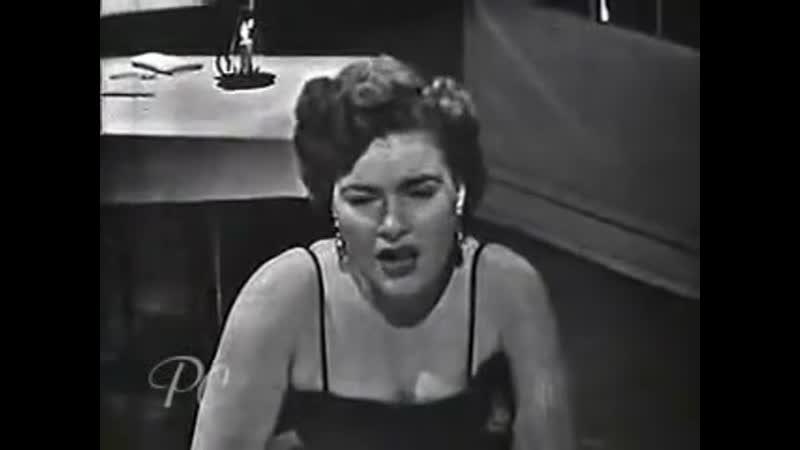 Patsy Cline Three Cigarretes In An Ashtray