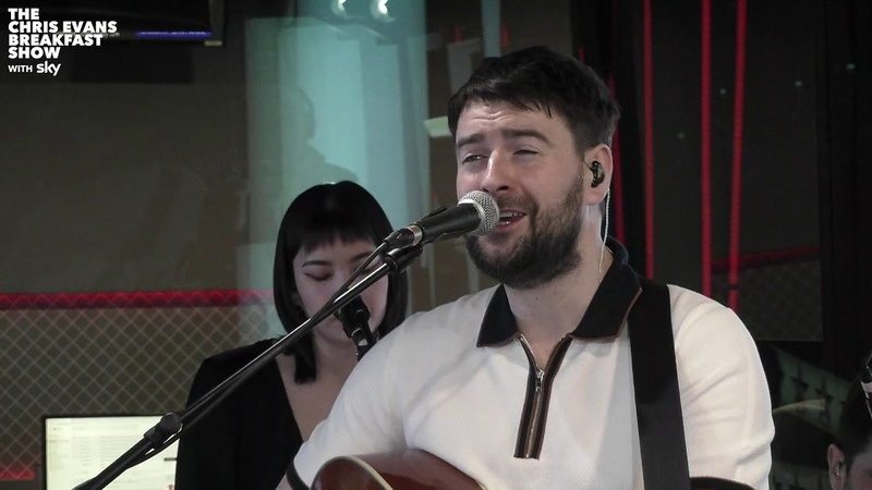 Courteeners - Man On The Moon (R.E.M. Cover) (Live on The Chris Evans Breakfast Show with Sky)