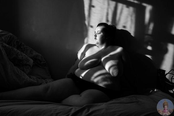Тела без прикрас, со всеми отметинами, которые оставляют время и болезни. Фотограф Sophie Mayanne