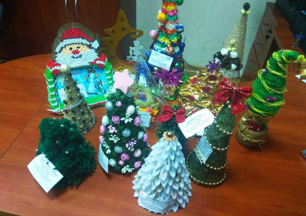 В Донецком ГУЮ подвели итоги конкурса новогодних поделок