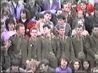 """Более полная версия фрагментов концерта В.Цоя и группы """"КИНО"""" в Минске. 1989 год."""