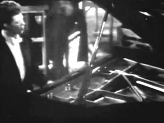 Van CLIBURN plays RACHMANINOV 3d Concerto VIDEO Moscow 1958   2 5