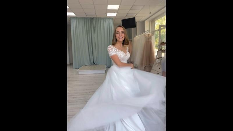 Видео от Свадебный салон Элен Свадебные платья Сыктывкар