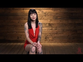 [Kink] Charlotte Sartre - Charlotte Sartre Bound In Pipe And Chains ()Bondage, Fingering, Vibrator, Dildo, Flogging