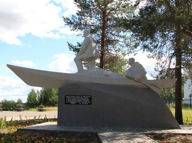 Памятник Владимиру Русанову в Печоре полностью отреставрировали