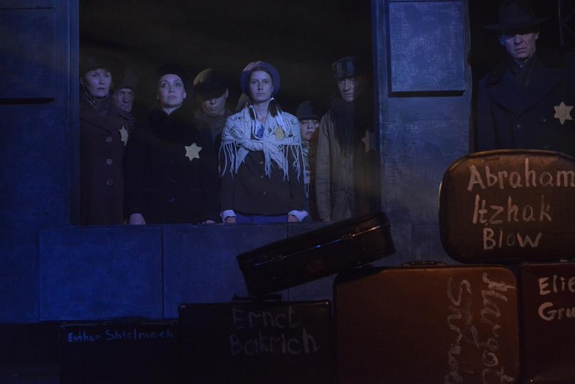 Спектакль «Станция Тевли» Хабаровского краевого театра кукол