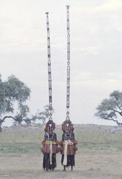 Африканские ритуальные церемонии, маски и костюмы, 1942-1972 гг.