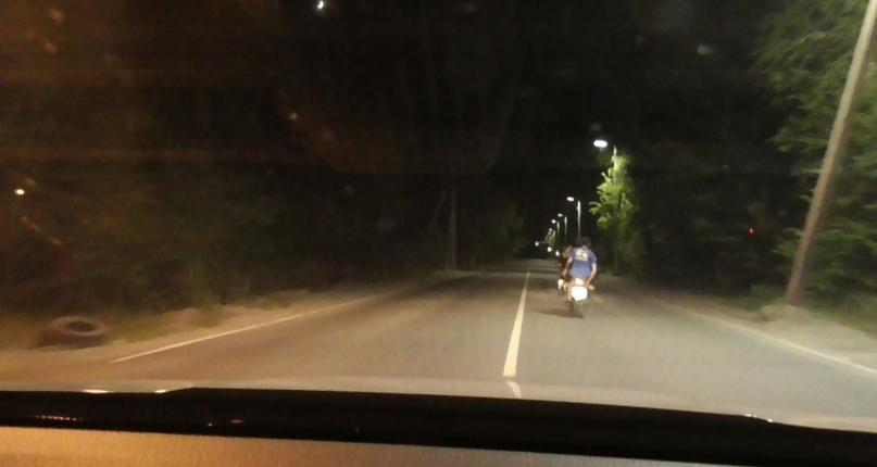 Сотрудниками госавтоинспекции г. Бянска задержан нетрезвый мотоциклист, пытавшийся скрыться от наряда ДПС, изображение №3