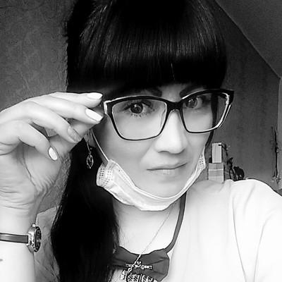 Лена Урываева