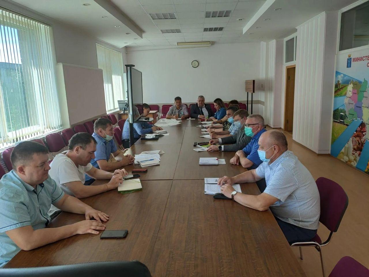 В региональном министерстве сельского хозяйства обсудили участие Петровского района в программе по комплексному развитию сёл