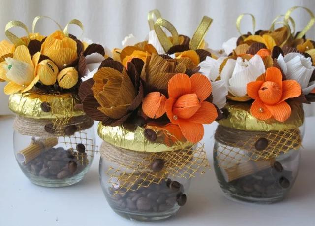 как красиво упаковать конфеты в стакан своими руками пошагово, конфетная композиция на Новый год,