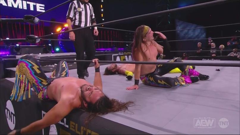 AEW Dynamite и WWE NXT 09.12.20, изображение №1