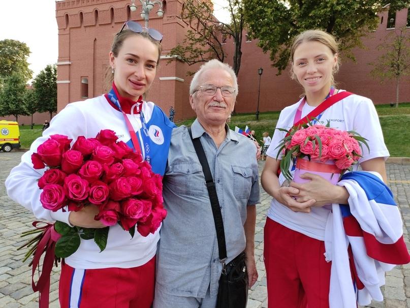 Полина Горшкова, Виктор Вяхирев и Полина Ведехина