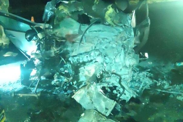 Два человека погибли и три получили ранения в ДТП ...