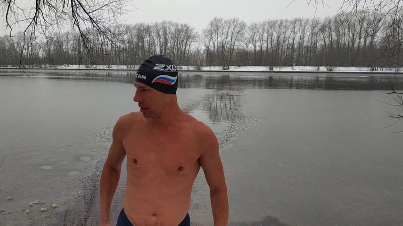 28 01 2020 заплыв 150 м в снежной реке Серой Натальи и параолимпийца Германа Говора