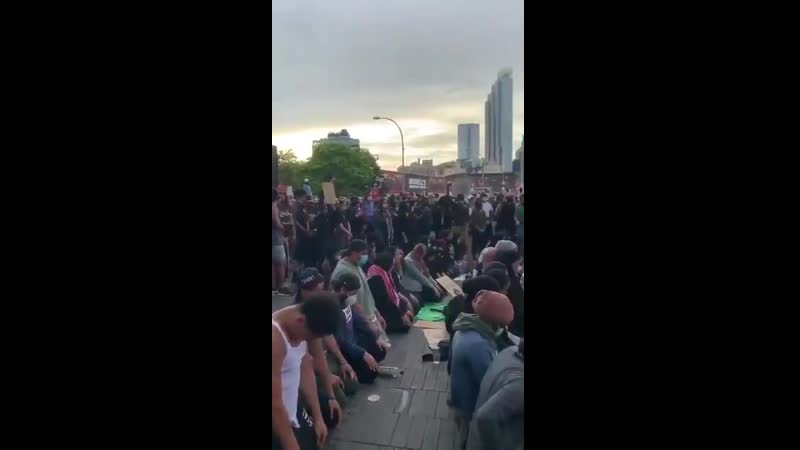 NYC Rioters stop for ISLAM GOD HELP US