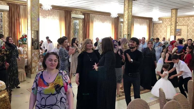 Кумыки зажигают Рукият Сатыбалова Насрула Магомедов Тахмина Умалатова