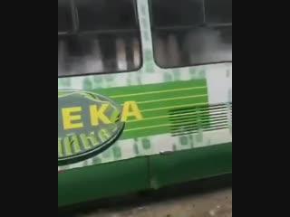 Гiперлуп Харьков - Париж сломался. Граждане пассажиры, освободите помещение.