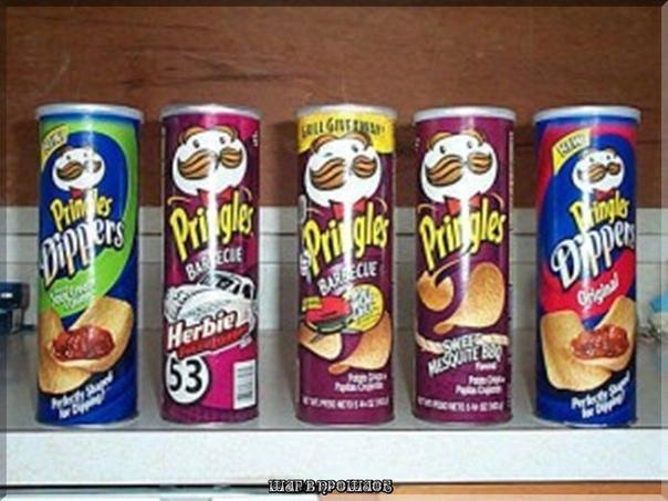 Изобретатель Pringles был похоронен в тубе из-под чипсов Фредрик Дж. Баур из Цинциннати, штат Огайо, так гордился своим изобретением, что просил после своей смерти поместить прах в упаковку