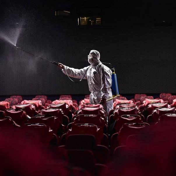 Испания, Франция, Италия и Германия вновь закрывают кинотеатры