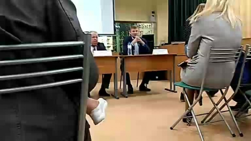 Бугровской средней общеобразовательной школе встреча специалистов профильных комитетов админ