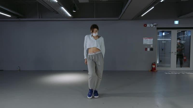 Xavier Omar Hipster Girl Youjin Kim Choreography