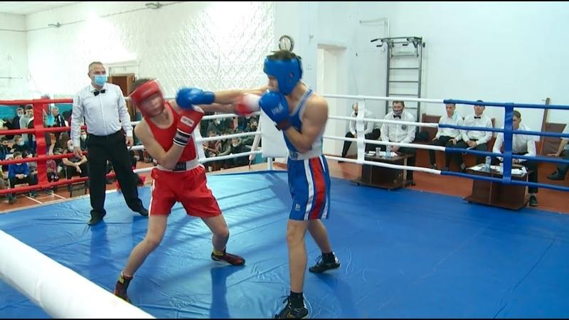 Юношеский турнир по боксу посвящённый памяти тренера Валерия Щербакова в Бийске
